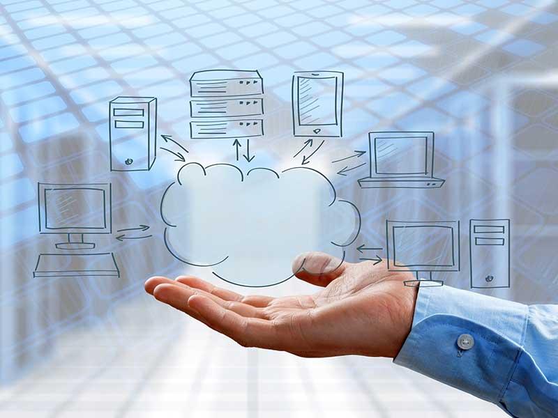 Ob PC, Notebook, Tablet oder Smartphone – alle Geräte greifen auf die Cloud zu.